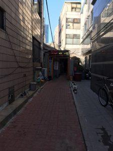 ресторан в котором подают собаку